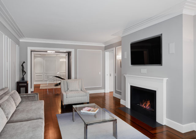 Fifth Ave Transitional